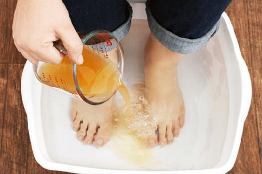 bain de pied avec sel