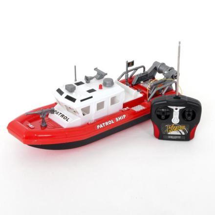 bateau radiocommandé