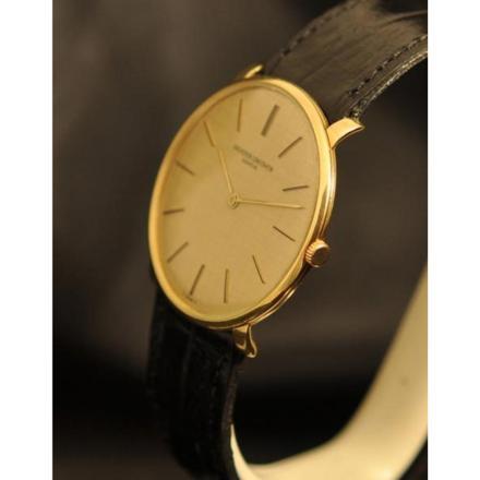 montres extra plates pour homme