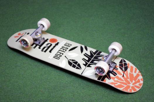 skate avec roue de longboard