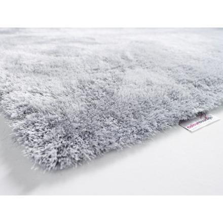 tapis poil gris clair