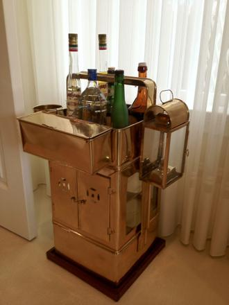 vintage mini bar